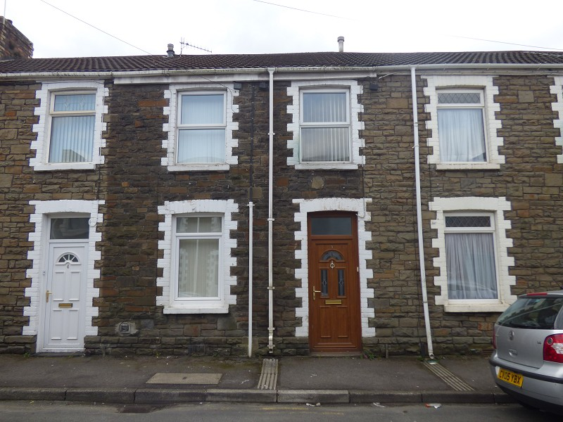 Creswell Road, Neath, Neath Port Talbot. SA11 1HE