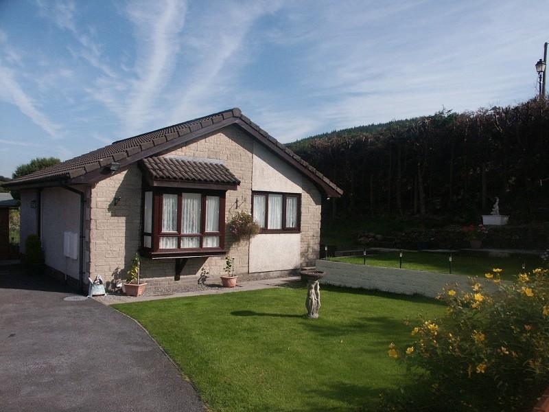 Cwm Farteg, Bryn, Port Talbot. SA13 2SS